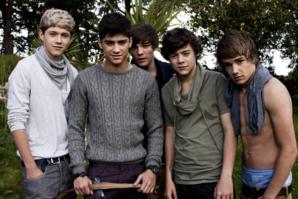 http://www.satelitemusical.net/01-one-direction-foto.jpg