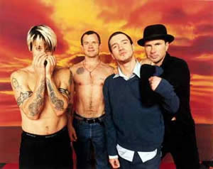 http://www.satelitemusical.net/red_hot_chili_peppers_foto3.jpg